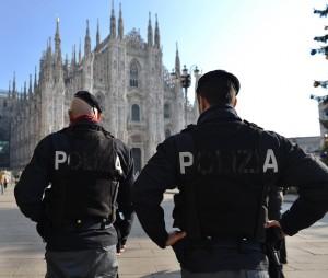 Piazza Duomo, rafforzati i controlli di sicurezza dopo l'attentato di Parigi