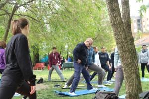 IMG_1129_yoga in giardino