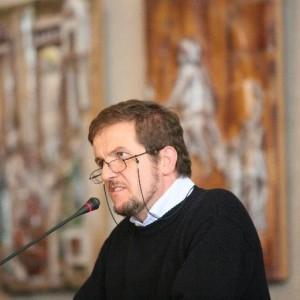 padre Giuseppe Bettoni, fondatore e presidente di Arché Onlus,