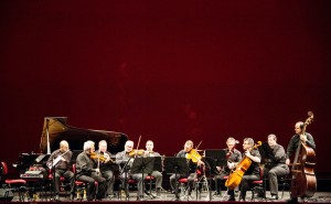 Ensemble Strumentale Scaligero  Con la partecipazione di: Giorgio Bongiovann