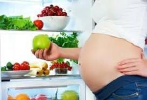 Salute/ Gravidanza, dieta vegana fra cause deficit materno vitamina B12