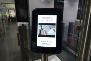 BGY e-gates lettore passaporto