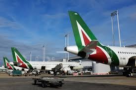 Alitalia: adesione ridotta agli scioperi