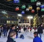 la pista coperta di pattinaggio sul ghiaccio più grande di Milano