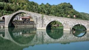 Ponte della Maddalena, Borgo a Mozzano, Toscana, Italia