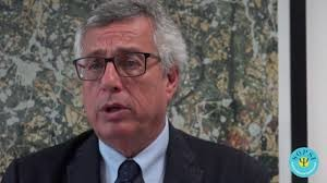 Professore Alberto Siracusano