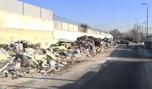 Scarico rifiuti